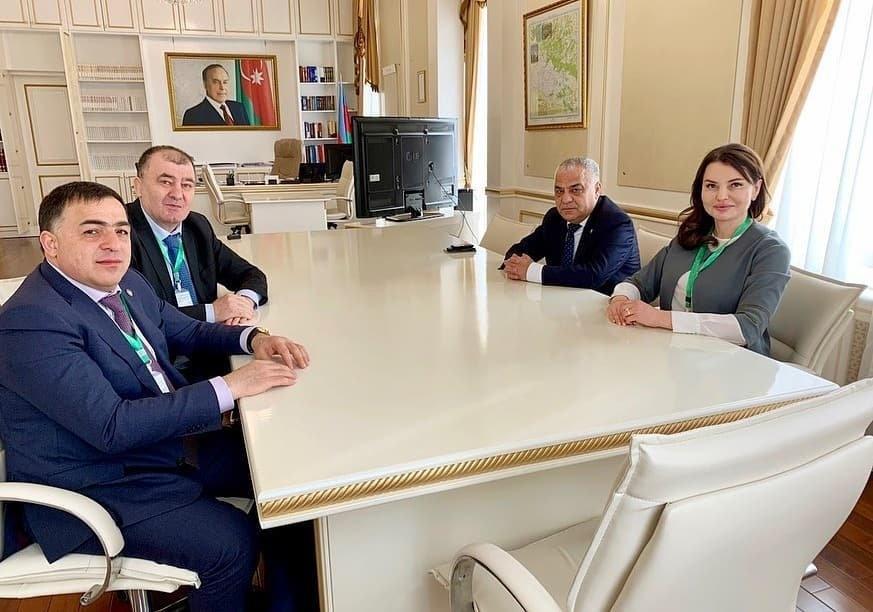 Руководство Магарамкентского района в качестве международного наблюдателя принял участие во внеочередных выборах в Милли Меджлис Азербайджана