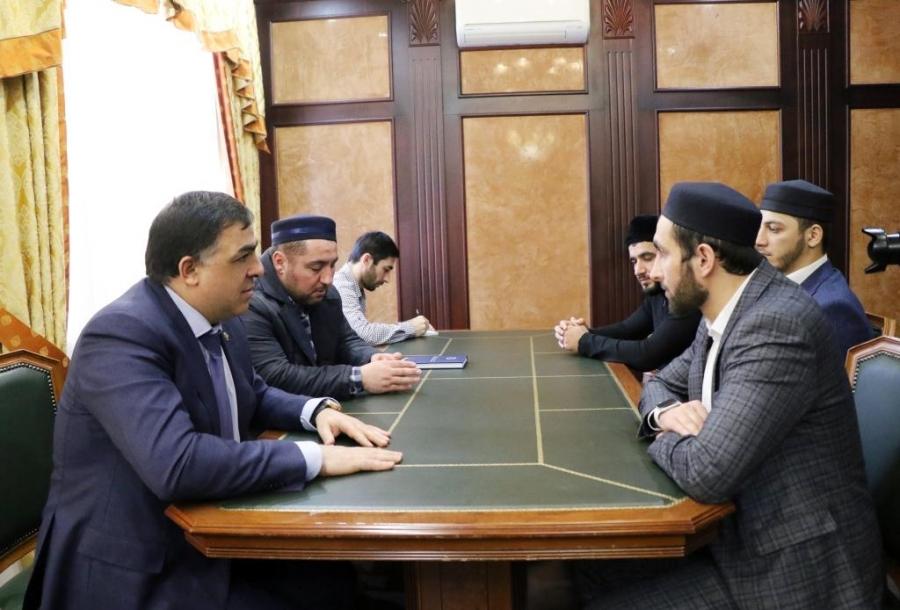 Глава Магарамкентского района встретился с полпредом Муфтията РД по ЮТО